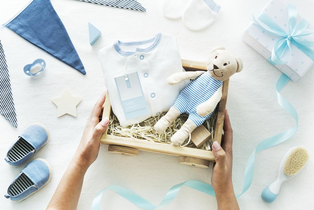 prezent na baby shower